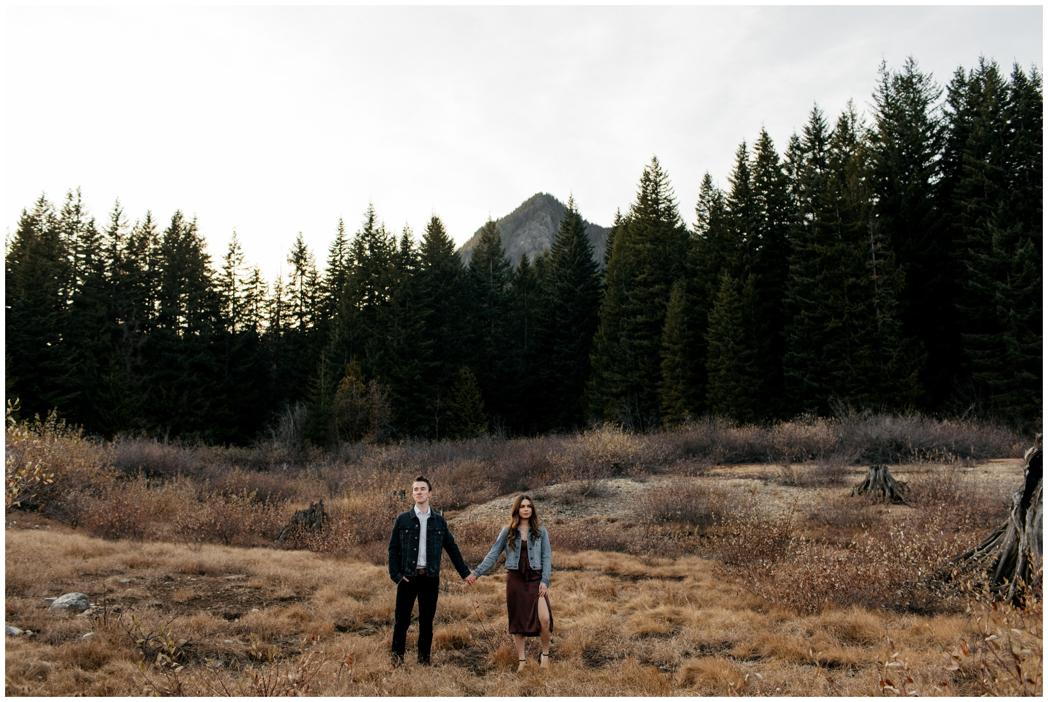 Intimate fall engagement session at Keechelus Lake Snoqualmie Pass Washington with Brittney Hyatt Photography
