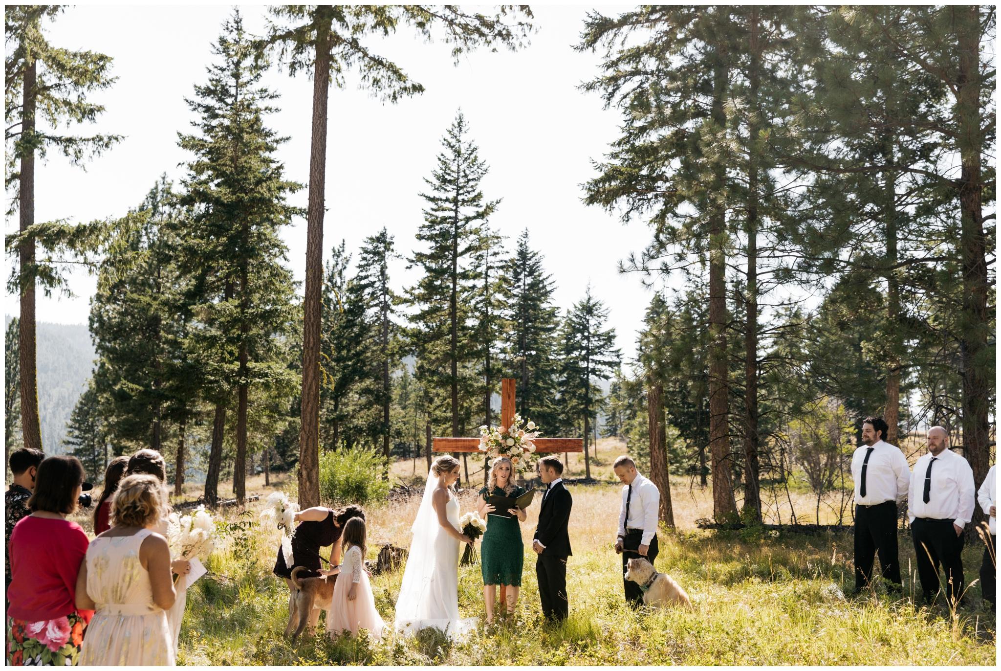 Cle Elum Summer Elopement with Brittney Hyatt Photography